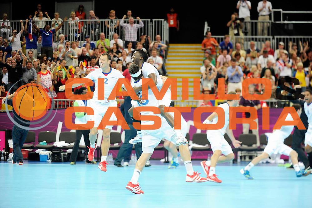 DESCRIZIONE : Handball Jeux Olympiques Londres Quart de Finale<br /> GIOCATORE : Karabatic Nikola Abalo Luc Fernandez Jerome FRA<br /> SQUADRA : France Homme<br /> EVENTO : FRANCE Handball Jeux Olympiques<br /> GARA : France Espagne<br /> DATA : 08 08 2012<br /> CATEGORIA : handball Jeux Olympiques<br /> SPORT : HANDBALL<br /> AUTORE : JF Molliere <br /> Galleria : France JEUX OLYMPIQUES 2012 Action<br /> Fotonotizia : France Handball Homme Jeux Olympiques Londres Quart de Finale Basketball Arena<br /> Predefinita :