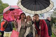 KIRSTY ALLSOPP, CLEMENTINE HAMBRO; SOF MCVEY, Chelsea Flower Show, 18 May 2015.