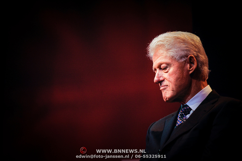 NLD/Amsterdam/20130213 - Oud president Clinton in Nederland voor het Goed Geld Gala,
