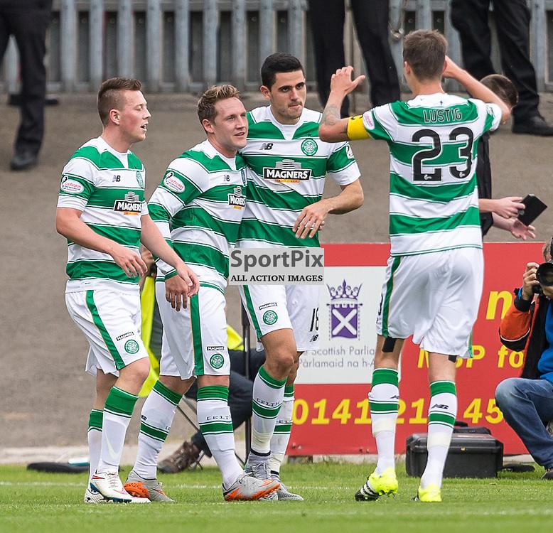 Tom Rogic celebrates his goal for Celtic during the Scottish Premiership match between Partick Thistle and Celtic (c) ROSS EAGLESHAM | Sportpix.co.uk