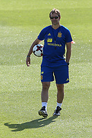 Spanish coach Julen Lopetegui during the second training of the concentration of Spanish football team at Ciudad del Futbol de Las Rozas before the qualifying for the Russia world cup in 2017 August 30, 2016. (ALTERPHOTOS/Rodrigo Jimenez)