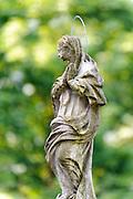 Madonna, Kloster Neuburg am Neckar, Odenwald, Baden-Württemberg, Deutschland | Madonna, Kloster Neuburg am Neckar, Odenwald, Baden-Württemberg, Germany