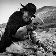 """Doña Alejandra, 65 years old, is a """"palliri"""" of Cerro Rico. Her arthritis is getting worse and will soon prevent her from working. Potosí, Bolivia."""