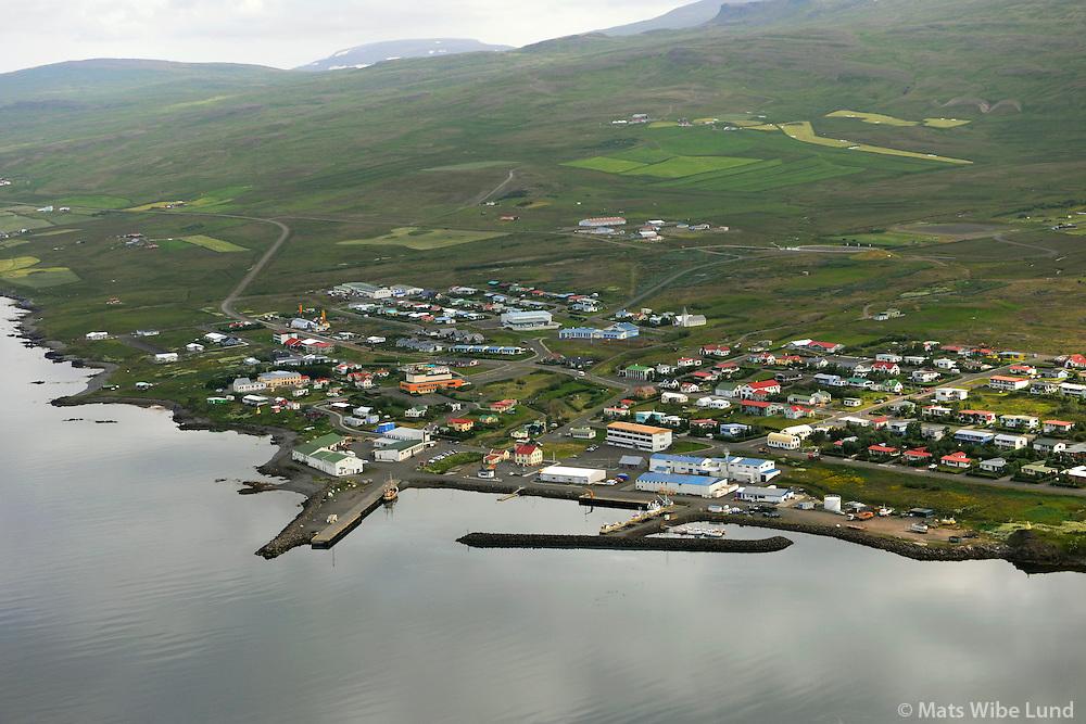 Hvammstangi séð til austurs, Húnaþing vestra / Hvammstangi viewing east, Hunathing vestra.
