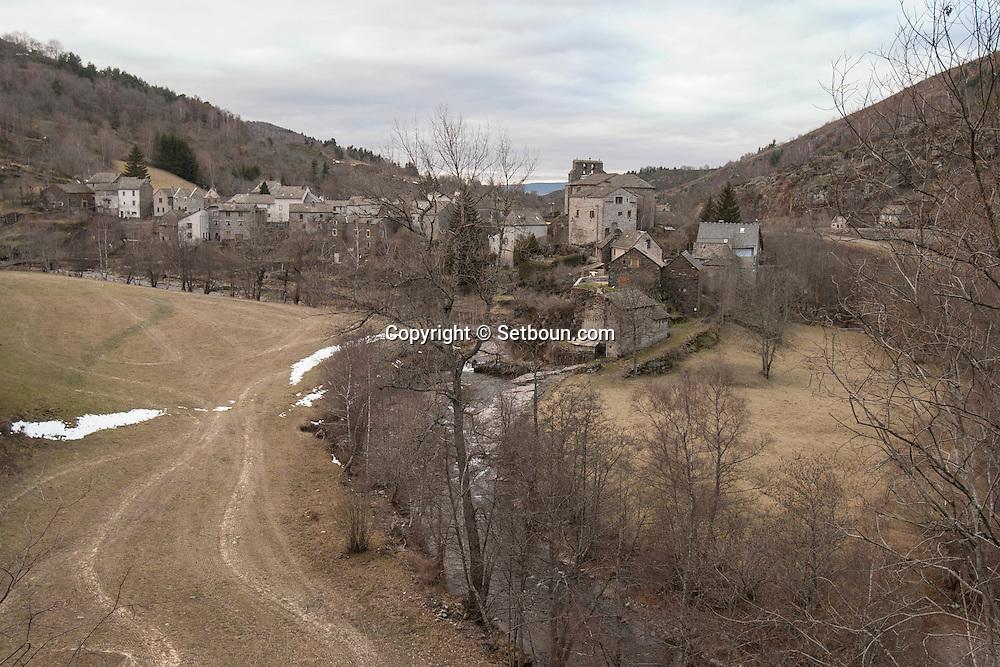France. Massif central.  sainte Urcise .  snow , /  sainte Urcise region de , sous la neige. massif central, aubrac  sainte Urcise  France