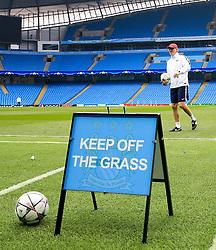 PSG Manager Laurent Blanc takes a walk on the pitch - Mandatory byline: Matt McNulty/JMP - 07966386802 - 11/04/2016 - FOOTBALL - Manchester City v PSG - Etihad Stadium -Manchester,England - UEFA Champions League