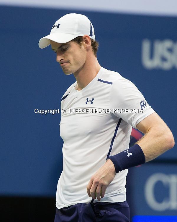 ANDY MURRAY (GBR) reagiert enttaeuscht,Frust,Emotion,<br /> <br /> Tennis - US Open 2016 - Grand Slam ITF / ATP / WTA -  USTA Billie Jean King National Tennis Center - New York - New York - USA  - 7 September 2016.