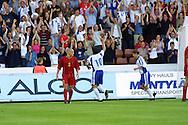 15.08.2001 Finnair Stadium, Helsinki, Finland. Friendly International match Finland v Belgium. Jari Litmanen tuulettaa yleis?n kanssa..©JUHA TAMMINEN