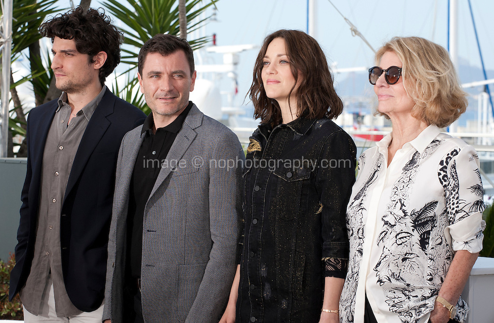 Louis Garrel, Marion Cotillard, Director Nicole Garcia and Alex Brendemühl at the Mal De Pierres (From the Land of the Moon) film photo call at the 69th Cannes Film Festival Sunday 15th May 2016, Cannes, France. Photography: Doreen Kennedy