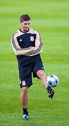 MARSEILLE, FRANCE - Monday, September 15, 2008: Liverpool's captain Steven Gerrard MBE during training ahead of the opening UEFA Champions League Group D match against Olympique de Marseille at Stade Velodrome. (Photo by David Rawcliffe/Propaganda)