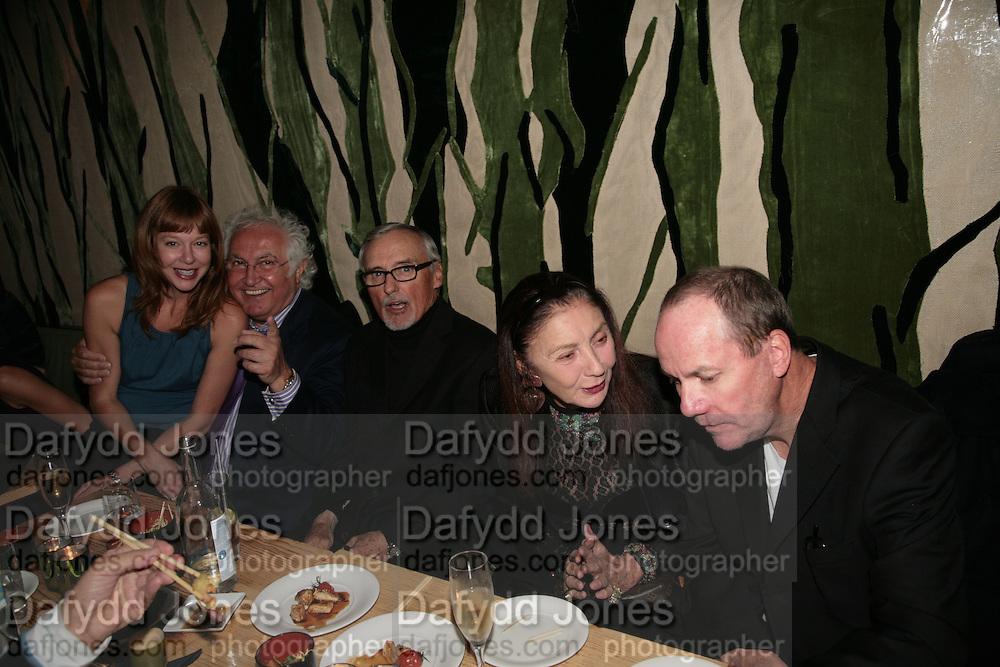 KEVEN DUFFY, TONY SHAFRAZI , DENNIS HOPPER, POLLY KARPEDIAS AND RICHARD PRINCE. Party hosted by Larry Gagosian at Nobu, Berkeley St. London. 9 October 2007. -DO NOT ARCHIVE-© Copyright Photograph by Dafydd Jones. 248 Clapham Rd. London SW9 0PZ. Tel 0207 820 0771. www.dafjones.com.