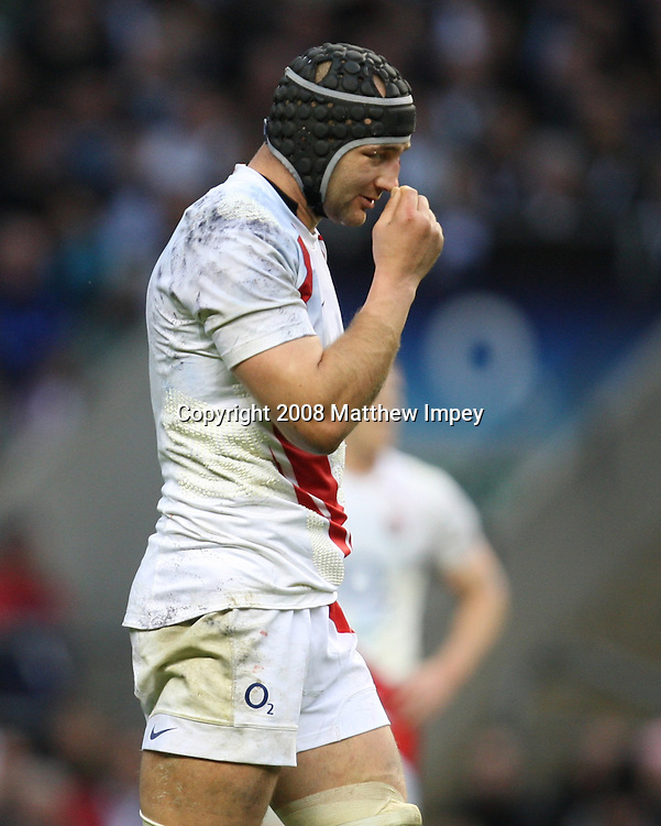 Steve Borthwick the Engand captain dejected during the game. England v Australia, Rugby Union, Twickenham, 15/11/2008. © Matthew Impey / Wiredphotos.co.uk. tel: 07789 130 347 e: matt@wiredphotos.co.uk