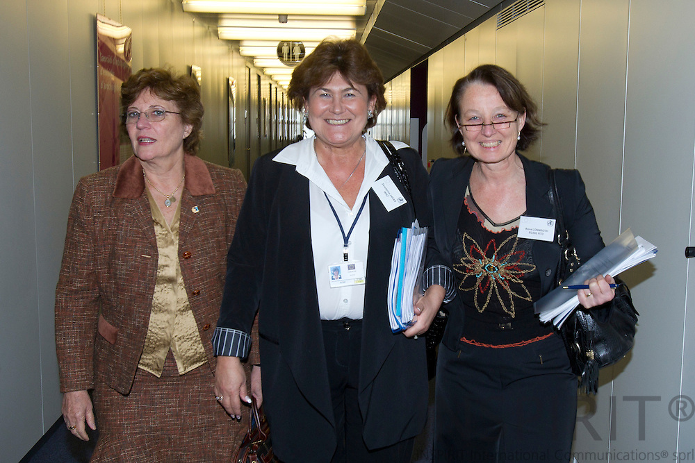 From left Dr. Mirta Roses Perago, Regional Director WHO AMRO/PAHO, Zsuzsanna Jakab, Regional Director WHO Europe, and Anna Lonnroth, DG RTD/F3 after meeting Maire Geoghegan-Quinn, EU-Commissioner for Research in connection with the World Health Organization and European Commission Summit in Brussels Friday 25 March 2011. PHOTO: ERIK LUNTANG / INSPIRIT Photo.