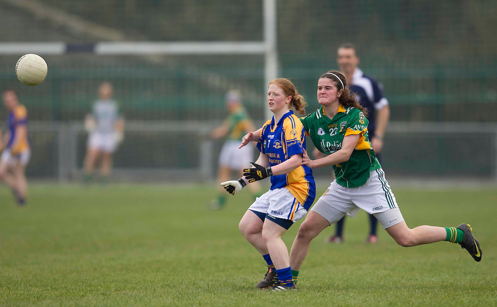 Meath vs Tipperary, Ladies NFL, Division 2 at Seneschalstown GFC_27th March 2011.Vivienne McCormack (Meath) & Catherine Walsh (Tipperary).Photo: David Mullen /www.cyberimages.net