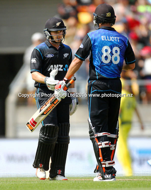 Kane Williamson is congratulated by Grant Elliott on his 50 runs. New Zealand Black Caps v Australia, 2nd match of the Chappell-Hadlee ODI Cricket Series. Westpac Stadium, Wellington, New Zealand. Saturday 6th February 2016. Copyright Photo.: Grant Down / www.photosport.nz