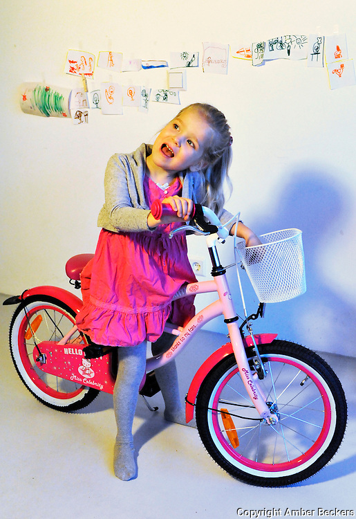 November 7, 2013 - 7:57<br /> The Netherlands, Amsterdam - Zo&euml;, 4 years old