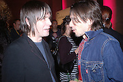 JIM LAMBIE AND JEREMY DELLER, Private view for the Turner prize  2005.  Tate. Britain. 17 October 2005. ONE TIME USE ONLY - DO NOT ARCHIVE © Copyright Photograph by Dafydd Jones 66 Stockwell Park Rd. London SW9 0DA Tel 020 7733 0108 www.dafjones.com