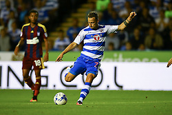 Roy Beerens of Reading shoots - Mandatory by-line: Jason Brown/JMP - 09/09/2016 - FOOTBALL - Madejski Stadium - Reading, England - Reading v Ipswich Town - Sky Bet Championship