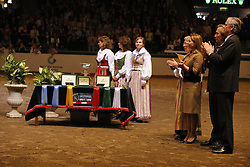 Prizegiving<br /> CSI-W Final Göteborg 2008<br /> Photo © Hippo Foto-Dirk Caremans