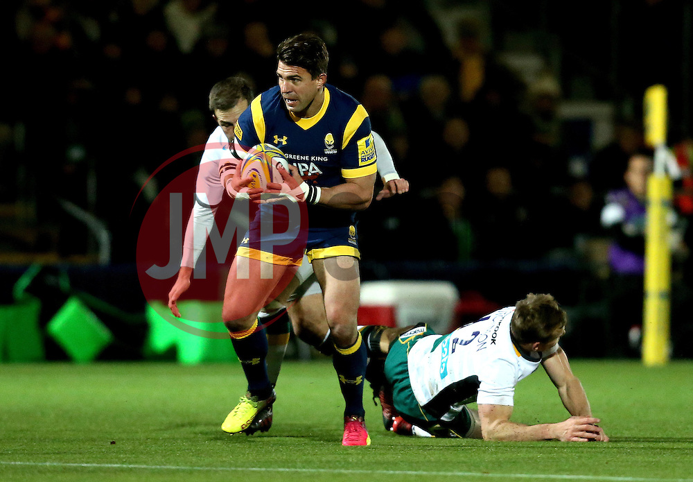 Wynand Olivier of Worcester Warriors runs with the ball - Mandatory by-line: Robbie Stephenson/JMP - 18/11/2016 - RUGBY - Sixways Stadium - Worcester, England - Worcester Warriors v Northampton Saints - Aviva Premiership