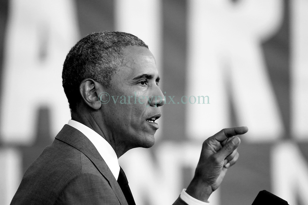 27 August 2015. Andrew P. Sanchez &amp; Copelin-Byrd Multi Service Center, Lower 9th Ward, New Orleans, Louisiana.<br /> President Barack Obama addresses the crowd. <br /> Photo credit&copy;; Charlie Varley/varleypix.com.