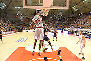 DESCRIZIONE : Pistoia Lega serie A 2013/14 Giorgio Tesi Group Pistoia Acea Roma<br /> GIOCATORE : Trevor Mbakwe<br /> CATEGORIA : Special Schiacciata Sequenza<br /> SQUADRA : Acea Roma<br /> EVENTO : Campionato Lega Serie A 2013-2014<br /> GARA : Giorgio Tesi Group Pistoia Acea Roma<br /> DATA : 29/12/2013<br /> SPORT : Pallacanestro<br /> AUTORE : Agenzia Ciamillo-Castoria/GiulioCiamillo<br /> Galleria : Lega Seria A 2013-2014<br /> Fotonotizia : Pistoia Lega serie A 2013/14 Giorgio Tesi Group Pistoia Acea Roma<br /> Predefinita :