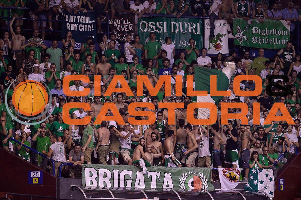 DESCRIZIONE : Campionato 2013/14 Finale Gara 7 Olimpia EA7 Emporio Armani Milano - Montepaschi Mens Sana Siena Scudetto<br /> GIOCATORE : Tifosi<br /> CATEGORIA : Tifosi<br /> SQUADRA : Montepaschi Siena<br /> EVENTO : LegaBasket Serie A Beko Playoff 2013/2014<br /> GARA : Olimpia EA7 Emporio Armani Milano - Montepaschi Mens Sana Siena<br /> DATA : 27/06/2014<br /> SPORT : Pallacanestro <br /> AUTORE : Agenzia Ciamillo-Castoria /GiulioCiamillo<br /> Galleria : LegaBasket Serie A Beko Playoff 2013/2014<br /> FOTONOTIZIA : Campionato 2013/14 Finale GARA 7 Olimpia EA7 Emporio Armani Milano - Montepaschi Mens Sana Siena<br /> Predefinita :