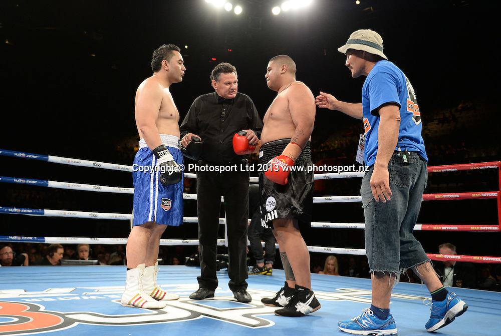 Referee Lance Revill and Bubba Tuigamala (Black shorts) v Clint Foai. Undercard Boxing. David v Goliath by Duco Events, Claudelands Event Centre, Hamilton, New Zealand. Saturday 16 November 2013. Mandatory Photo Credit: Andrew Cornaga www.Photosport.co.nz