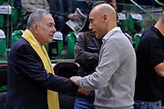 DESCRIZIONE : Eurolega Euroleague 2015/16 Group D Dinamo Banco di Sardegna Sassari - Maccabi Fox Tel Aviv<br /> GIOCATORE : Shimon Mizrahi Stefano Sardara<br /> CATEGORIA : Presidente Presidenti Before Pregame Fair Play<br /> EVENTO : Eurolega Euroleague 2015/2016<br /> GARA : Dinamo Banco di Sardegna Sassari - Maccabi Fox Tel Aviv<br /> DATA : 03/12/2015<br /> SPORT : Pallacanestro <br /> AUTORE : Agenzia Ciamillo-Castoria/L.Canu