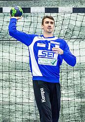 10.12.2017, BSFZ Suedstadt, Maria Enzersdorf, AUT, HLA, SG INSIGNIS Handball WESTWIEN vs Bregenz Handball, Hauptrunde, 16. Runde, im Bild Sandro Uvodic (SG INSIGNIS Handball WESTWIEN) // during Handball League Austria 16 th round match between SG INSIGNIS Handball WESTWIEN and Bregenz Handball at the BSFZ Suedstadt, Maria Enzersdorf, Austria on 2017/12/10, EXPA Pictures © 2017, PhotoCredit: EXPA/ Sebastian Pucher