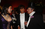 Andy and Patti Wong and Nicky Haslam, Belle Epoche gala fundraising dinner. National Gallery. 16 March 2006. ONE TIME USE ONLY - DO NOT ARCHIVE  © Copyright Photograph by Dafydd Jones 66 Stockwell Park Rd. London SW9 0DA Tel 020 7733 0108 www.dafjones.com