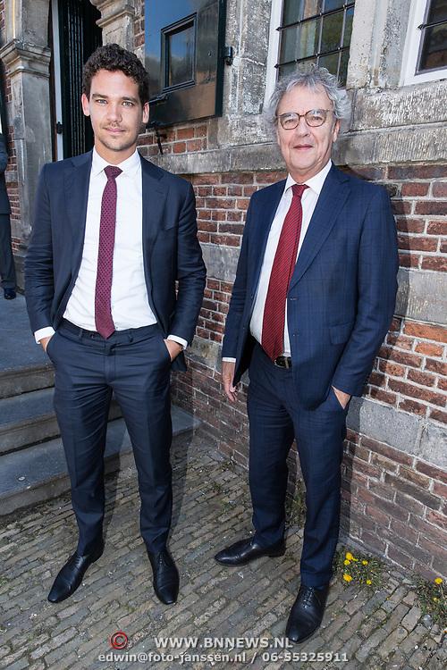 NLD/Naarden/20190419 - Matthaus-Passion in de grote kerk van Naarden, Roger van Boxtel met zijn zoon Robin van Boxtel