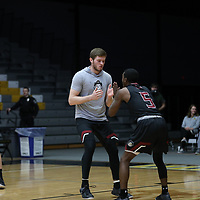 Men's Basketball: University of Wisconsin-Oshkosh Titans vs. Guilford College Quakers