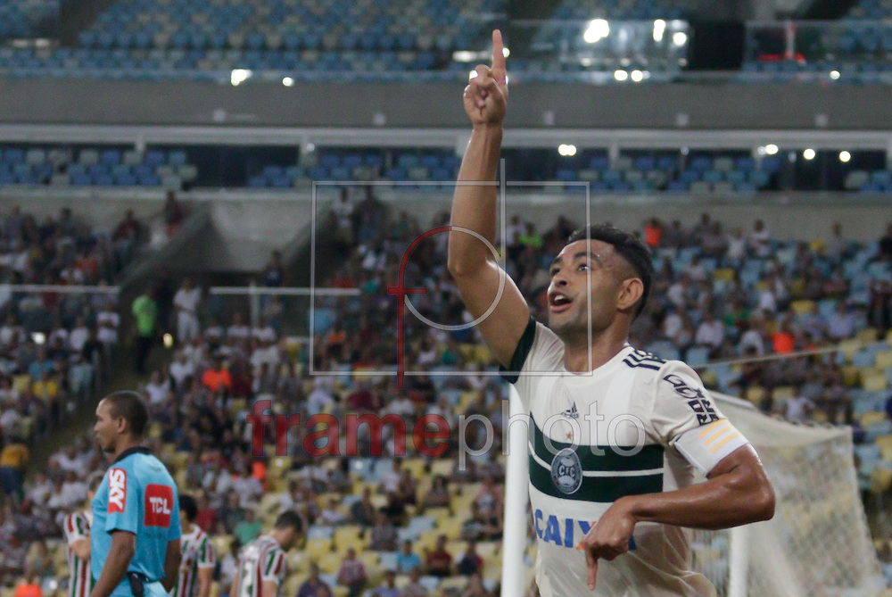 Werley comemora seu gol durante partida entre Fluminense X Coritiba válida pela trigésima terceira rodada do Campeonato Brasileiro 2017 no estádio do Maracanã, zona norte da cidade, nesta quarta-feira (09/11). Foto: Rudy Trindade/FramePhoto