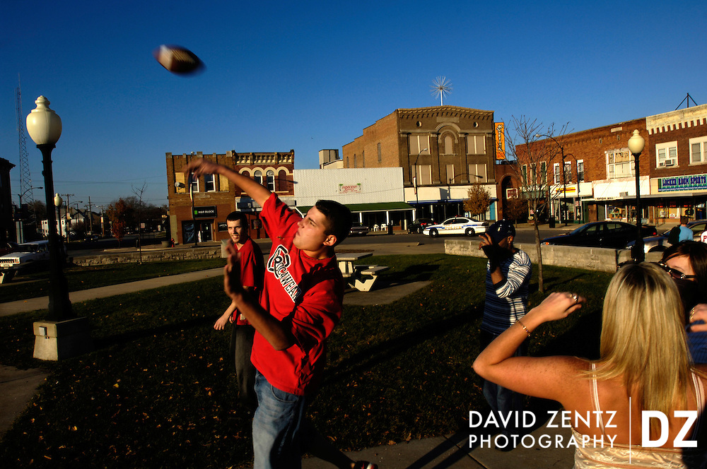 DAVID ZENTZ/JOURNAL STAR.Young adults frequently hang out in the town square at the heart of Clinton. Many families in the town are employed at the Clinton Power Station, the nearby nuclear power plant...