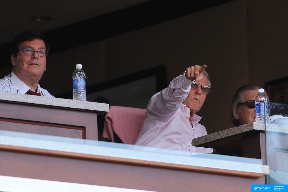 New York Mets owner Fred Wilpon, (centre), watching the  New York Mets V Miami Marlins, Major League Baseball game which went for 20 innings and lasted 6 hours and 25 minutes. The Marlins won the match 2-1. Citi Field, Queens, New York. 8th June 2013. Photo Tim Clayton