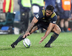 Highlanders Malakai Fekitoa collects the ball against the Crusaders in the Super Rugby quarter final match, AMI Stadium, Christchurch, New Zealand, July 22 2017.  Credit:SNPA / Adam Binns ** NO ARCHIVING**