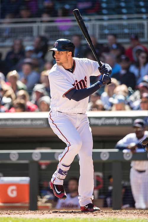 MINNEAPOLIS, MN- APRIL 6: Jason Castro #21 of the Minnesota Twins bats against the Kansas City Royals on April 6, 2017 at Target Field in Minneapolis, Minnesota. The Twins defeated the Royals 5-3. (Photo by Brace Hemmelgarn) *** Local Caption *** Jason Castro