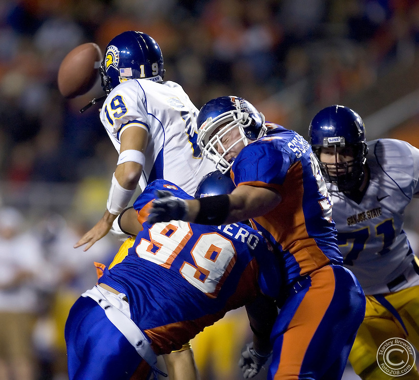 10-15-05- Boise, ID. Boise State vs.San Jose State State in football in Bronco Stadium. The Broncos beat the Spartans 38-21.