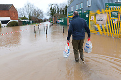 © Licensed to London News Pictures. 18/02/2020. Tewkesbury, Gloucestershire, UK. Storm Dennis continues to worsen the severe flooding at Tewkesbury in Gloucestershire, with continuing heavy rainfall in the late afternoon today. Photo credit: Graham M. Lawrence/LNP