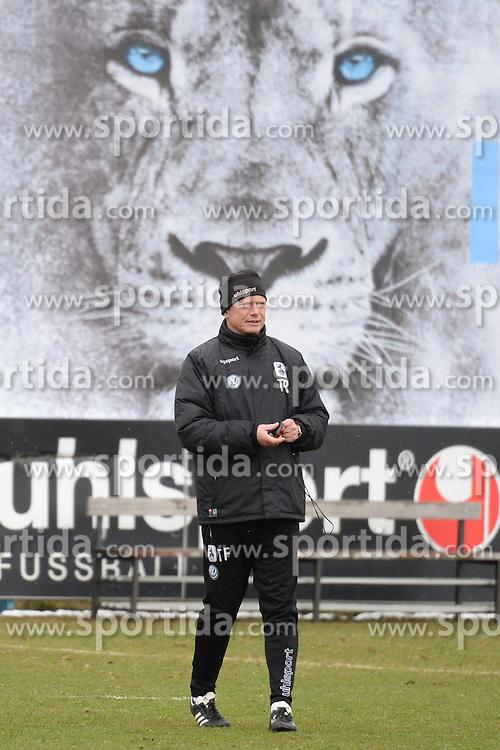 05.03.2015, Gruenwalderstrasse, M&uuml;nchen, GER, 2. FBL, TSV 1860 M&uuml;nchen, Training, im Bild vl. Torsten Froehling ( Cheftrainer TSV 1860 Muenchen ) // during a practice session of 2nd german footballleague club TSV 1860 M&uuml;nchen at the Gruenwalderstrasse in M&uuml;nchen, Germany on 2015/03/05. EXPA Pictures &copy; 2015, PhotoCredit: EXPA/ Eibner-Pressefoto/ Vallejos<br /> <br /> *****ATTENTION - OUT of GER*****