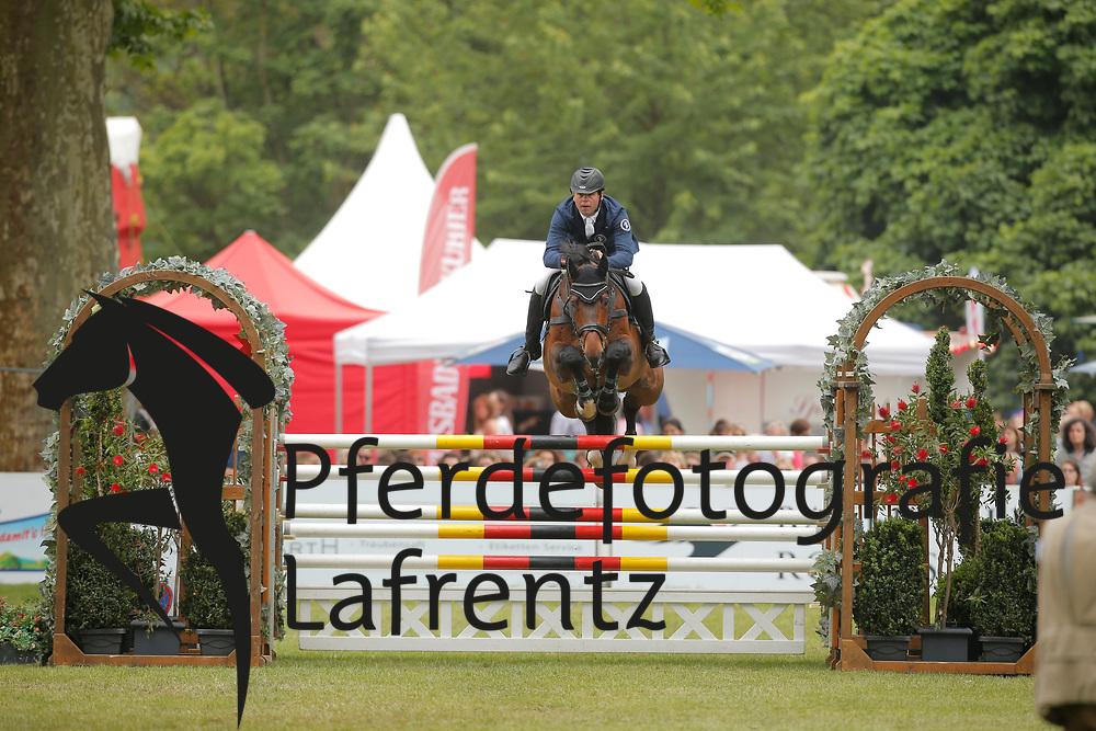 Plath, Andre, AFP´s Cosmic Blue<br /> Wiesbaden - Pfingstturnier 2015<br /> Qualifikation Riders Tour<br /> © www.sportfotos-lafrentz.de/Stefan Lafrentz