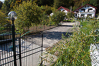 """B&B """"Casa Natura"""" offering accommodation for tourists visiting Baile Herculane and Domogled Valea Cernei National Park, Southern Carpathians, Caras-Severin, Romania."""