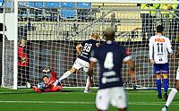 Fotball Tippeligaen 15.09.2019<br /> Gamle Gress Marienlyst stadion Drammen<br /> <br /> <br /> Resultat <br /> <br /> Strømsgodset  Lars-Jørgen Salvesen<br /> <br /> Ranheim  keeper Even Barli<br /> <br /> <br /> Foto: Robert Christensen Digitalsport