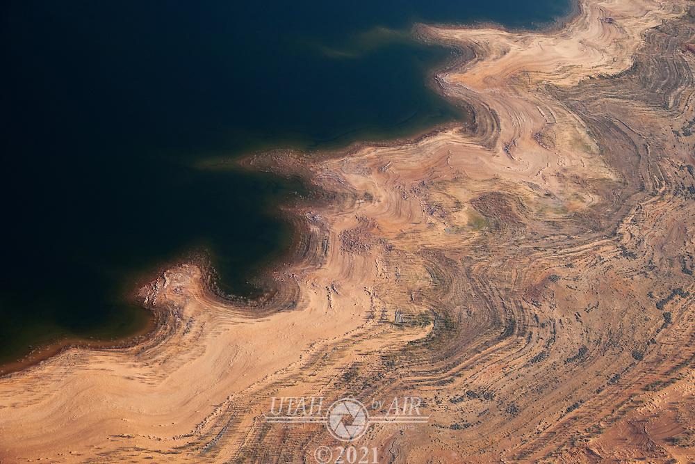 Shorline of Warm Creek Bay at Lake Powell