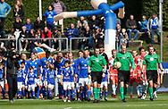 FODBOLD: Spillerne går på banen til kampen i ALKA Superligaen mellem Lyngby Boldklub og FC Helsingør den 10. september 2017 på Lyngby Stadion. Foto: Claus Birch