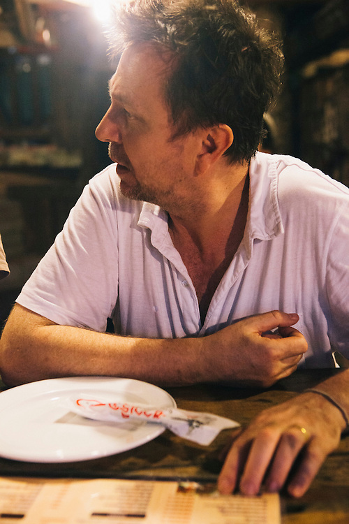 David Thompson and Tom Parker-Bowles eating spicy southern food, Nakhon Si Thammarat