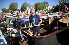 2018_05_07_More_Canal_boats_BCA