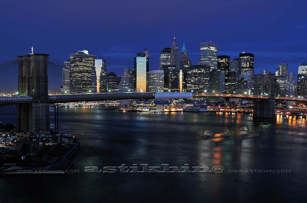 Manhattan at night from Brooklyn