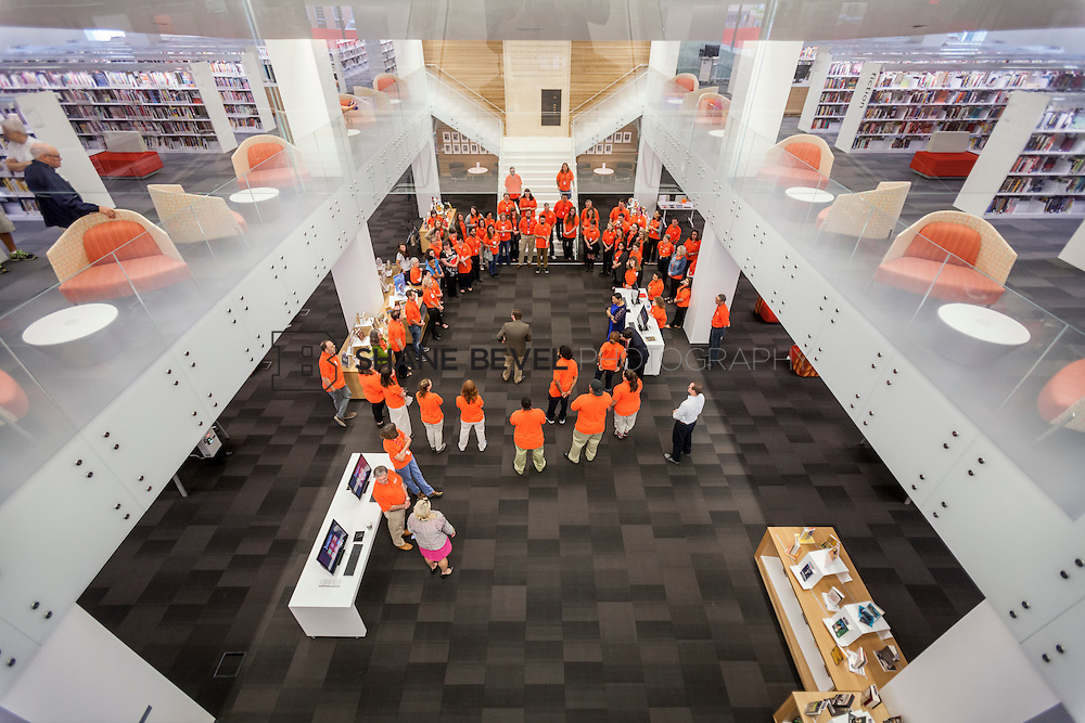 10/1/16 9:20:15 AM -- Tulsa City-County Library opens the new Central Library in downtown Tulsa, Okla. <br /> <br /> Photo by Shane Bevel